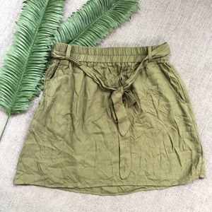 BB DAKOTA Womens skirt size small olive green